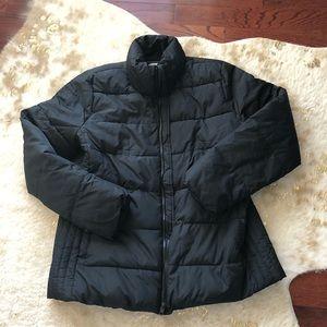 Black Old Navy puffer coat, size large